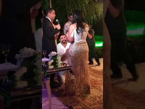 Fabíola Gadelha é pedida em casamento em Manaus