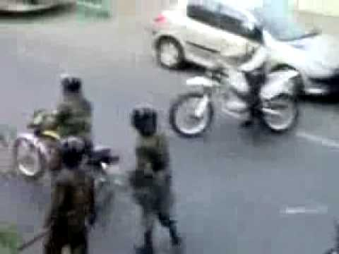 Anti riot police in Iran beat students in the street- June 28 NEW!