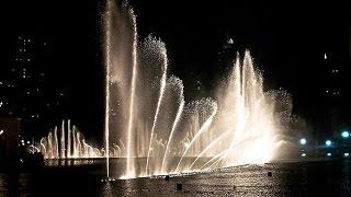 Знаменитые поющие фонтаны в Дубае. Видео.(http://myvideonazakaz.ru/moi-uslugi Знаменитые поющие фонтаны в Дубае. Видео. Знаменитые поющие фонтаны в в Дубае - это гранд..., 2014-08-07T16:53:36.000Z)