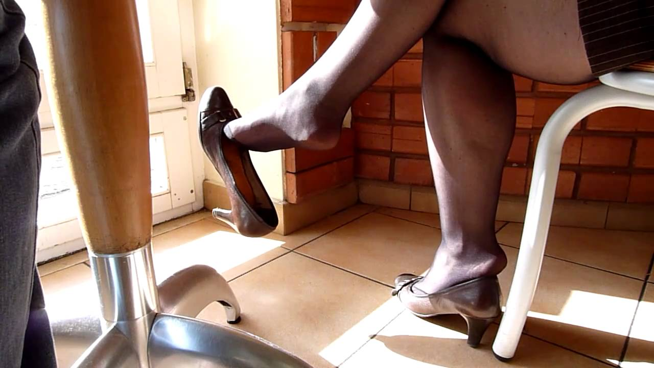 Beautiful Office Girl Tears Her Nylons To Work Pussy