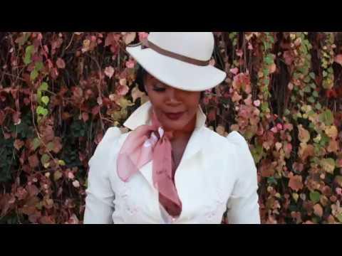 Angelique Noire Vintage Style Video
