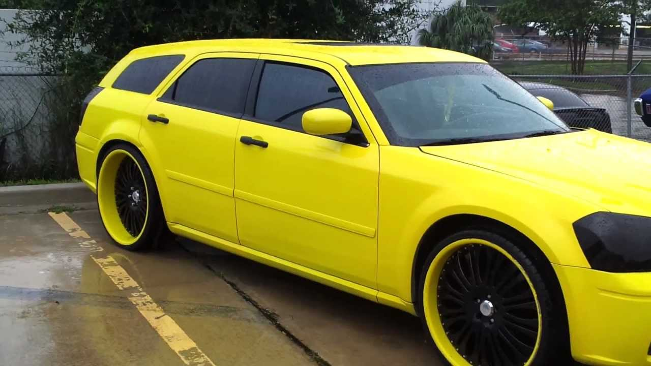 """Yellow Dodge Magnum on 24"""" Staggered Asantis - YouTube"""
