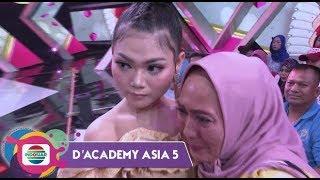 HARU!!! Pelukan Dan Dukungan Mama Untuk Puput Lida-Indonesia - D'Academy Asia 5