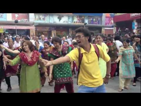 First Flash mob by senior citizens in India!
