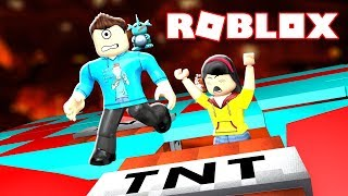 LASTIC WANTS TO PUNCH NIBBLES?! | Roblox Tnt Rush w/ Dollastic Plays!