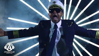 Смотреть клип El Mayor Clasico - Cogiendo Aviones