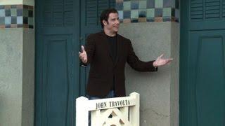 Deauville: John Travolta inaugure sa cabine de plage