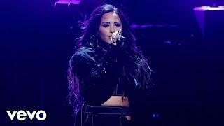 Demi Lovato Smoke Mirrors Live