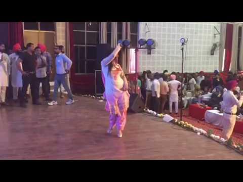 Best live show nisha bano desi queen pmc rajpura for Nisha bano with husband