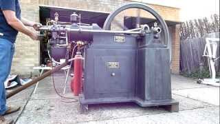 Perin Panhard slide valve gas engine
