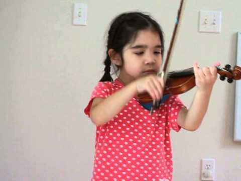 Alana, age 5, play suzuki violin - Gavotte (F.J.Gossec)
