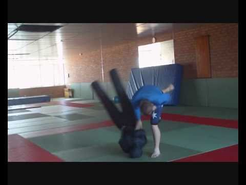 Grappling Dummy throws and takedowns