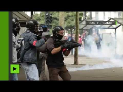 Projectiles et gaz lacrymogènes : manifestation contre la loi Travail sous haute tension à Nantes