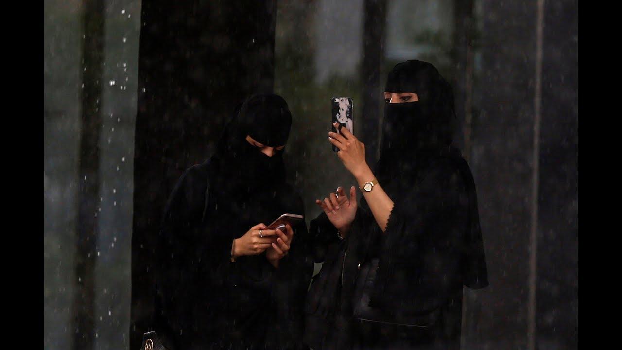 تعليق نجلاء عبدالعزيز بعد حملة تبليك المشاهير Youtube