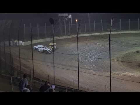 NBTF | Moler Raceway Park | 9/22/17 | Adams & Hurt | Sport Mod Last Lap Tangle