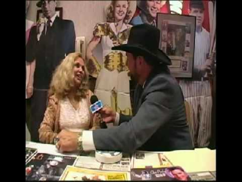 Jeff's Star Talk pay's Tribute to the Land of the Giants Interview with Deanna Lund Part 3