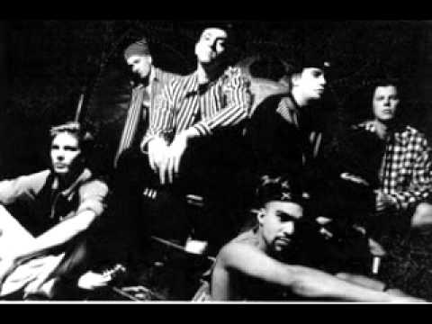 Such a Surge  Schatten 1995 HQ