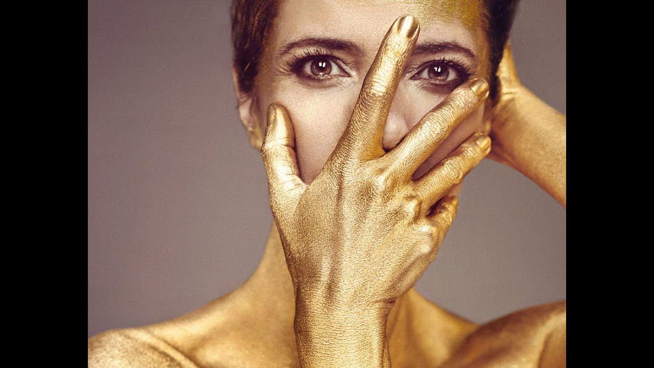 Maribel Verdú Y Su Desnudo De Oro