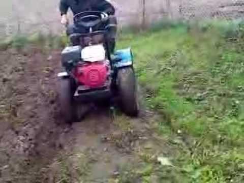 трактор с ломающейся рамой