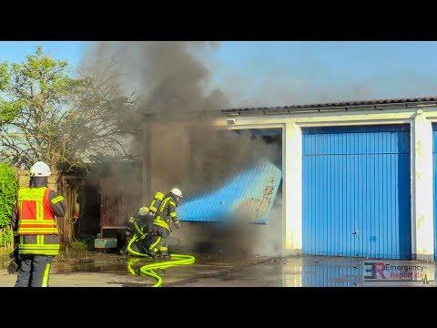 [schuppen--garagenbrand]---starke-rauchentwicklung-|-brandbekämpfung-|-feuerwehr-langenfeld--