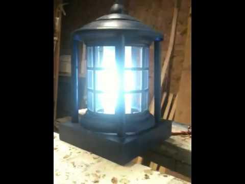 TARDIS lamp 2005-2010 - YouTube