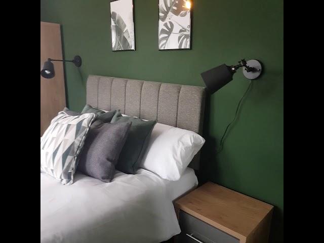 ⭐Freshly Decorated Rooms-Bills inc., No Fees Main Photo