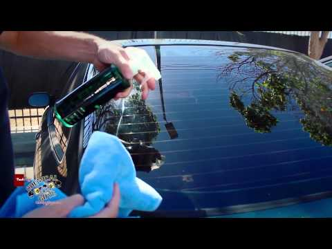 Chemical Guys Signature Series Glass Cleaner - Streak Free Glass Home Auto Industrial
