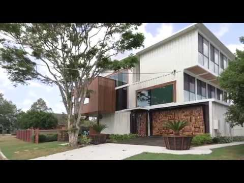 Дом из морских контейнеров в Австралии