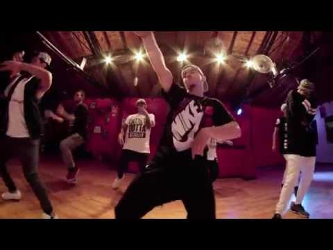 J Balvin Ft. Pharrell Wiilliams, Bya & Sky- Safari Choreography @julioelements