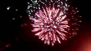 Салют в Луганске 12 Сентября 2015 День Города полное видео(12 Сентября 2015 г. - День города Луганск отмечается во 2-ю субботу сентября. Луганск расположен в месте слияния..., 2015-09-12T19:26:21.000Z)