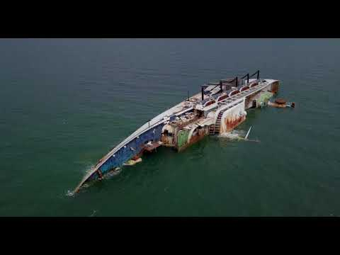 Flying Mavic Pro Drone to Shipwreck in Laem Chabang