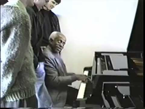 6th dim scale (long excerpt): This video is part of a collection of videos which Frans Elsen recorded during workshops that Barry Harris gave at the Royal Conservatory in The Hague between 1989 and 1998. Frans Elsen was a very important Dutch pianist, arranger and educator of Jazz. He and Barry shared a mutual appreciation of each others music and were close friends. This material has been edited and selected by Frans himself. It gives a unique insight in Barry's wonderful ways of teaching and his extraordinary musicianship. Please visit http://www.franselsen.com for info about Frans Elsen and his musical legacy. There is a special reference to these videos on that website. These videos are an important historical document of one of Jazz music's finest and foremost musicians and educators.