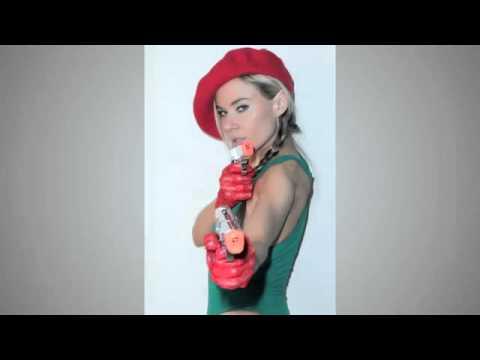 Cammy Street Fighter  Paula Labaredas cosplay medium