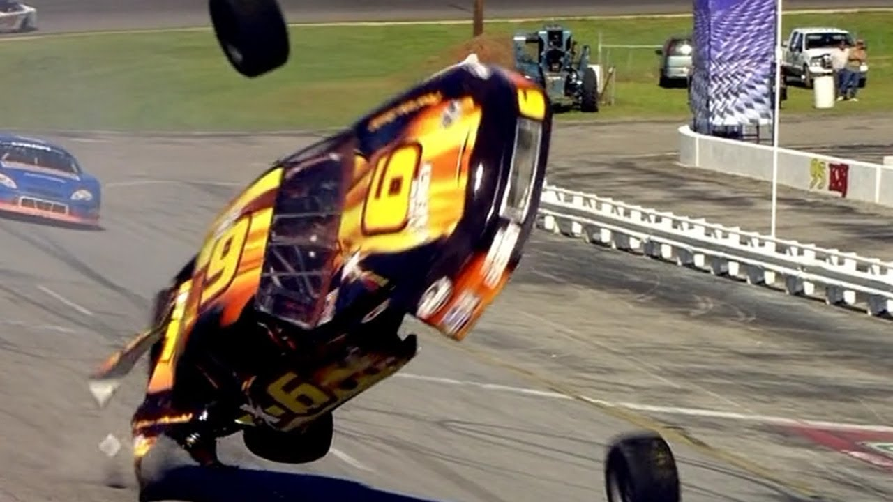 Amazing Race Car Crash! - YouTube