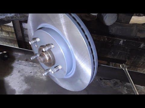 Замена переднего тормозного диска и колодок Chevrolet Captiva