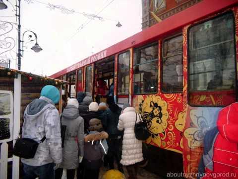 Слайд-шоу фото экскурсионного трамвая в Нижнем Новгороде