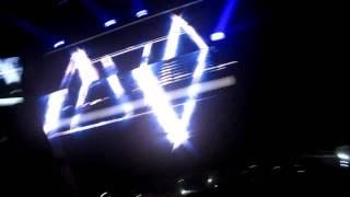 Calvin Harris - Party rock anthem    Rihanna concert 28/10/11 Herning, DK