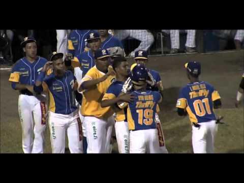 /Los Santos vs Herrera/