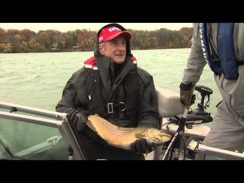 River fishing for Steelhead and migratory trout, Niagara River, Queenston, ON