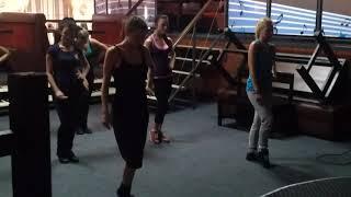 Шоу балет репетиция