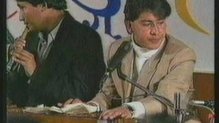 "YAM BARAL (live) Badalu ko ghumto le  ""rare video"""