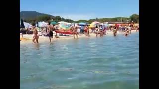 Passeggiata sulla spiaggia di Marina di Campo