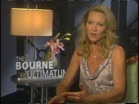 JOAN ALLEN AIMS TO PROTECT BOURNE