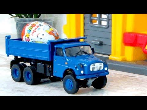 Грузовик, подъемный кран и машины. Киндер сюрпризы. Видео с игрушками