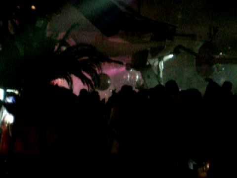 Download Ibiza, Pacha 2.7.09 David Guetta feat. LIVE Kelly Rowland