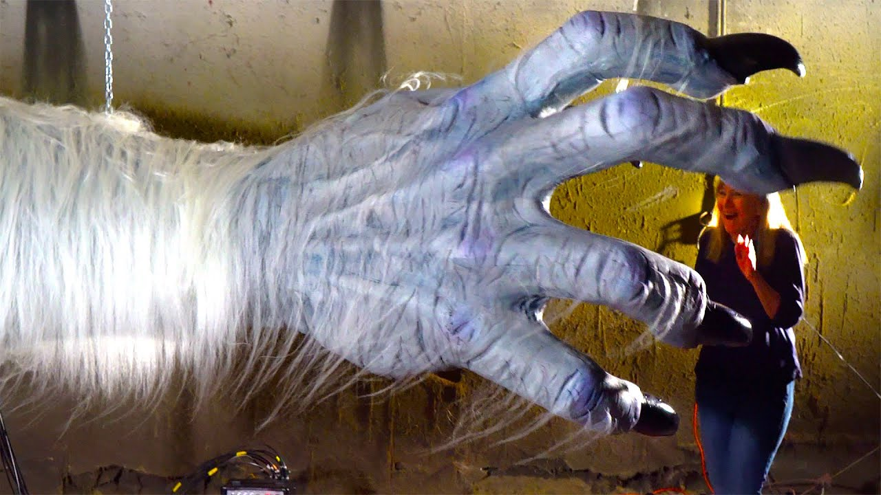 GIANT Monster Hand Grabs People! Big Animatronic Props