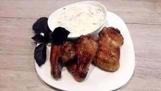 Куриные крылышки в медово-соевом маринаде+чесночный соус/ Chicken wings in honey-soy marinade