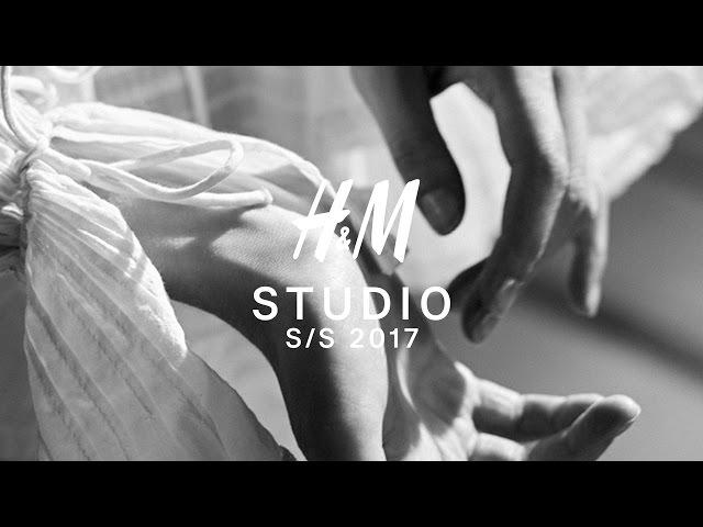 H&M Studio S/S 17 | 360° VR Live from Paris Fashion Show