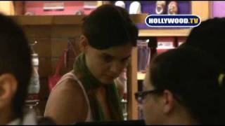 katie holmes and suri cruise shop at the grove