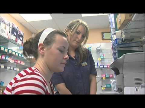 A Career As A Pharmacy Technician (JTJS12007)